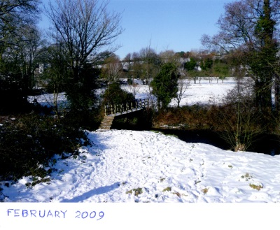 Mananing's Pit bridge in snow